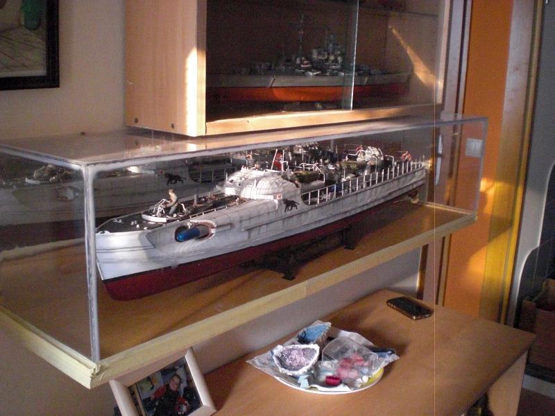 Schnellboot S100 - in der Vitrine